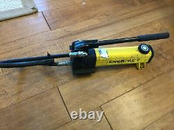 ENERPAC P142 Hydraulic Hand Pump 10000 PSI / 700 Bar