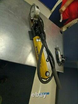 Enerpac Hydraulic Hand Pump P-392, RC 104 Works! Comes with everything in photo