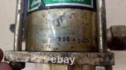 1 La Pompe Liquide À Air Comprimé Haskel M-188 Utilisée Offre