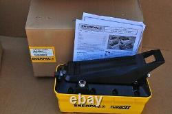 Enerpac Patg-1102n Turbo II Pompe Hydraulique 2 Litres Res 3 Way Valve Treadle Nouveau