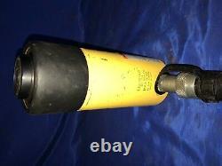 Enerpac Rc-254 Cylindre Hydraulique À Action Unique Avec Une Capacité De 25 Tonnes