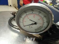 Pompe À Main Hydraulique Enerpac P-392, Rc 104 Fonctionne! Livré Avec Tout Sur La Photo